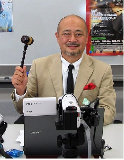 鈴木輝一郎